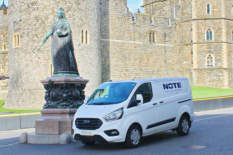 NOTE van outside Windsor castle